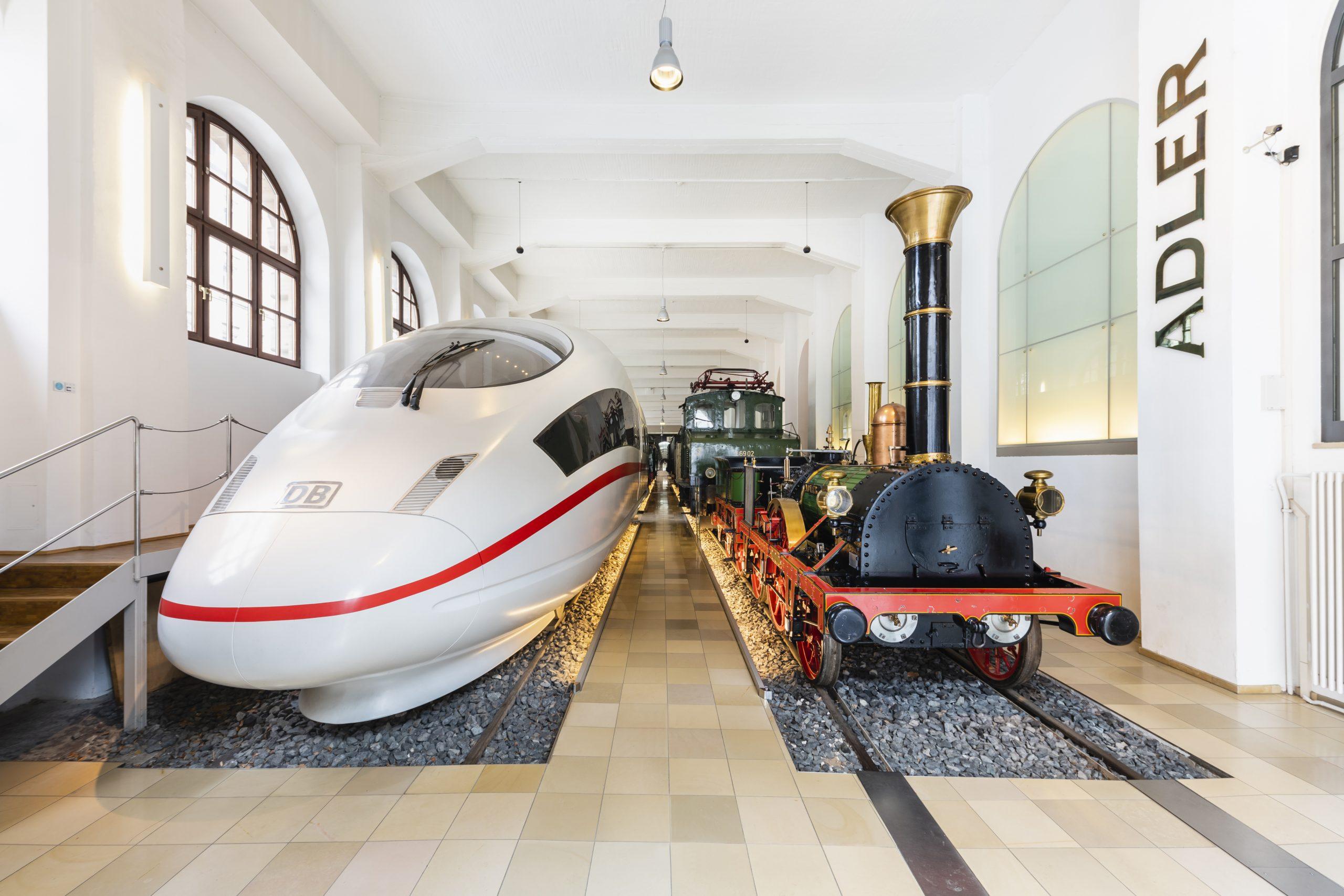 Design: Wie sich der Look der Deutschen Bahn veränderte